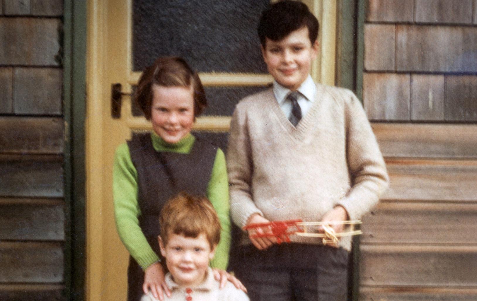 Family-Photo-Restorer